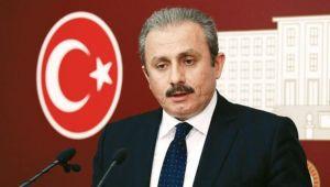 Balkondan İstiklal Marşı'nı söyleyelim
