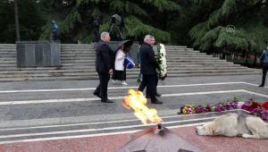 Avrasya ülkelerinde Kovid-19 tedbirleri nedeniyle 9 Mayıs Zafer Günü sınırlı kutlandı