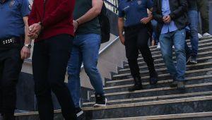 İzmir merkezli FETÖ'nün TSK yapılanmasına yönelik operasyonda 12 şüpheli yakalandı