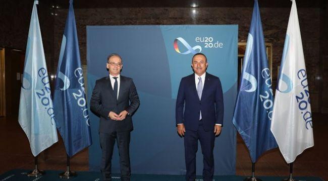 Dışişleri Bakanı Çavuşoğlu Almanya'da: Turistleri ağırlamaya hazırız