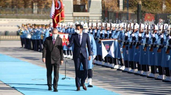Cumhurbaşkanı Erdoğan karşıladı! Katar Emiri Türkiye'de - Resim 1