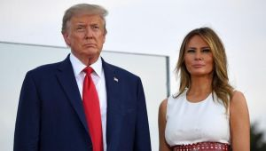 ABD medyası: Trump çifti Beyaz Saray'da ayrı yataklarda uyuyordu