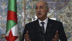 Cezayir'de Cumhurbaşkanı 48 saat içinde vadettiği kabine revizyonunu açıkladı