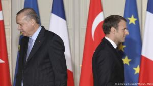 Erdoğan'dan Macron'a diyalog ve işbirliği teklifi
