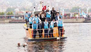 Marmara'ya oksijen tedavisi! Nefes boruları takıldı