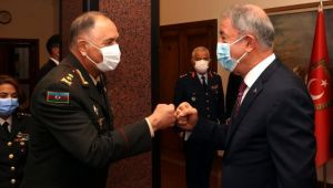 Son dakika haberleri: Milli Savunma Bakanı Akar, Azerbaycan Genelkurmay Başkanı Veliyev'i kabul etti