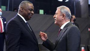 Bakan Akar, NATO Karargâhında ikinci gün oturumlarına katıldı