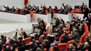 Elektronik oylamaya geçilmesine rağmen tezkere Meclis'te eski usulde oylandı